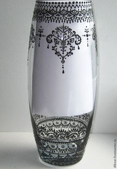 Вазы ручной работы. Заказать Ваза Lace Painting, Bottle Painting, Dot Painting, Stone Painting, Diy Bottle, Bottle Vase, Decorated Wine Glasses, Sandblasted Glass, Handmade Tags
