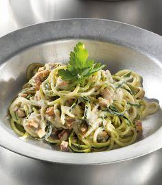 Unser beliebtes Rezept für Zucchini-Spaghetti alla carbonara und mehr als 55.000 weitere kostenlose Rezepte auf LECKER.de.