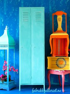 From my bohemian week at the workshop . Furniture Inspiration, Furniture Makeover, Chalk Paint, Color Combinations, Bohemian Style, Painted Furniture, Locker Storage, Workshop, Annie Sloan