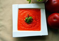 Zupa krem z pomidorów i marchewek.