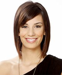 Short Straight Formal Hairstyle with Side Swept Bangs - Medium Chocolate Brunette Hair Color Medium Brunette Hair, Medium Short Hair, Short Straight Hair, Short Hair Cuts, Medium Hair Styles, Short Hair Styles, Long Bob, Thin Hair, Bob Hairstyles With Bangs