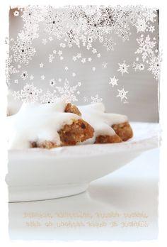 Vaaleanpunainen hirsitalo White Christmas, Christmas Diy, Christmas Decorations, Xmas, Christmas Treats, Christmas Cookies, Love French, Wonderful Things, Tis The Season