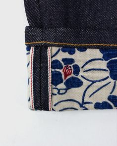 Patterned Jeans Roll Up