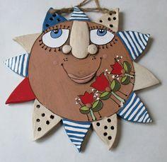 Sluníčko / Zboží prodejce Keramika Javorník   Fler.cz Clay Projects, Projects For Kids, Clay Faces, Pottery Classes, Air Dry Clay, Clay Art, Ceramic Art, Sculpture, Christmas Ornaments