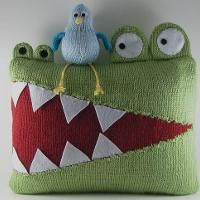 Hungry Alligator Pillow : I know a someone who'd love this for Christmas.