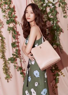 Krystal for Pauls Boutique 2019 Spring / Summer Collection. Jessica & Krystal, Krystal Jung, Jessica Jung, My Girl, Cool Girl, Paul's Boutique, Very Good Girls, Girls Generation, Korean Girl Groups