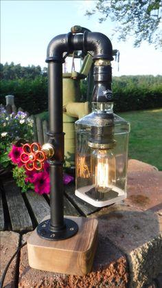 Edison Retro Lampe, Jack Daniels Lampenschirm. 40W Edison Birne