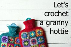 I've got a great idea! Somehow I've found myself in a bit of a crocheted granny-square, hot water bottle cover marathon, and before I ge. Crochet Decoration, Crochet Home Decor, Crochet Crafts, Yarn Crafts, Crochet Projects, Yarn Projects, Grannies Crochet, Crochet Motif, Knit Crochet