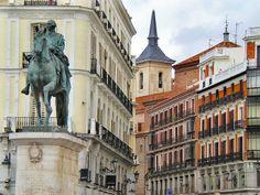 Puerta del Sol Madrid Barcelona, Just Go, Dental, Louvre, Wanderlust, Places, Travel, Sun, Cities