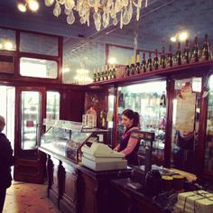 Pastisseria La Estrella & Lujuria Vegana -  Bakery & vegan bakery - Nou de la Rambla, 32, 08001 Barcelona