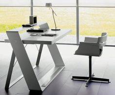 yo quiero este escritorio!! me voy a hacer uno! (: