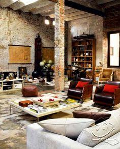 mas ntar rumahnya kaya begini ya, joglonya di sebelahin sama ruang keluarga berbahan batu bata :D   SolusiProperti : Loteng Dipulihkan Dengan Desain Interior Unik