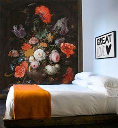 Vlies fotobehang Stilleven met bloemen en een horloge - Rijksmuseum behang | Muurmode.nl