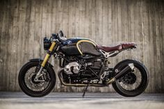 Custom Bmw, Custom Cafe Racer, Cafe Racer Bikes, Cafe Racer Motorcycle, Cafe Racers, Custom Bikes, Harley Davidson Panhead, Harley Davidson Street Glide, Motos Bmw