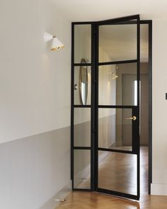 Charles Mellersh renovation in Stoke Newington, London, Crittal Door, Photography by Chris Tubbs Crittal Doors, Crittall Windows, Door Design, House Design, Design Studio, Hallway Ideas Entrance Narrow, Modern Hallway, Long Hallway, Entryway