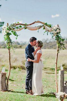 18 Picture-Perfect Wedding Ceremony Altar Ideas ❤ See more: http://www.weddingforward.com/wedding-ceremony-altar-ideas/ #weddings #decorations