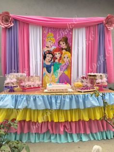 A Guide to Princess Birthday Decorations - Best Online Resources Princess Birthday Party Decorations, Disney Princess Birthday Party, Princess Theme Party, Birthday Party Themes, 4th Birthday, Moca, Creative Ideas, Party Ideas, Disney Princess Birthday