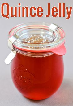 A fail-safe, detailed recipe to make quince jelly. Gorgeous ruby jars await!
