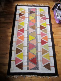 Vintage 1960's Geometric Triangle Handwoven by VintageParamour