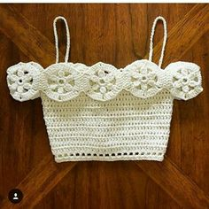 Hand Knitted Bustier Models for Summer – Knitting And We Crochet Shirt, Crochet Crop Top, Crochet Baby, Crochet Bikini, Knit Crochet, Summer Knitting, Hand Knitting, Knitting Patterns, Crochet Patterns