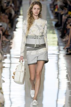 Tory Burch Spring 2013 Ready-to-Wear Fashion Show - Julia Frauche