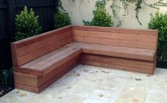 Front porch bench seating backyard ideas outdoor low garden seat black wooden plans bedrooms for kids Deck Bench Seating, Patio Bench, Built In Seating, Built In Bench, Garden Seating, Outdoor Seating, Outdoor Pergola, Porch Storage Bench, Corner Bench With Storage
