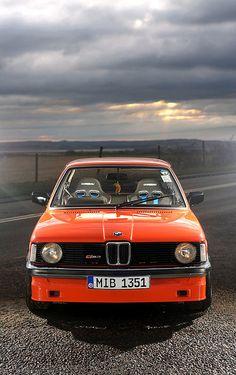 BMW 323i 2.8 door StephenHall op Flickr. Maserati, Bugatti, Bmw E21, Bmw 6 Series, Bmw Cars, Car Manufacturers, Aston Martin, Volvo, Cars Motorcycles