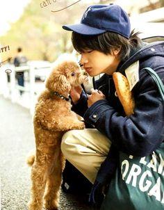 中島健人 How To Look Handsome, Handsome Boys, Kento Nakajima, Human Poses, Japanese Boy, Studio Ghibli, Drawing Reference, Cute Guys, Actors & Actresses