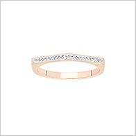 On trend pyramid sparkle ring, rose gold
