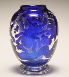 Edvin Ohrstrom for Orrefors Ariel art glass vase