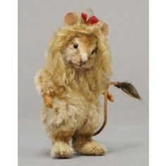 R John Wright Cowardly Lion Mouse