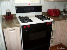 Using spray paint to update Oven Knobs & even the Toaster!  WOW!