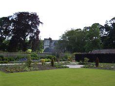 Fraser Castle, Schlossgarten, Schottland