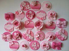 Pretty in pink cupcake/cookie toppers12 por CakesbyAngela en Etsy