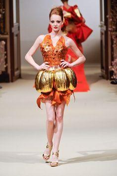 Yumi Katsura - Paris Haute Couture Spring/Summer 2011
