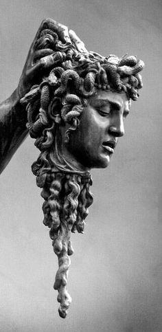 Medusa benvenuto cellini Throughout her five-decade occupation, artist Viola Frey made an amazing system of Renaissance Kunst, Greek Statues, Greek Art, Classical Art, Greek Gods, Greek Mythology, Medusa, Dark Art, Art Inspo