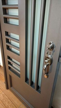 puerta principal de herrería forja tubular champagñe