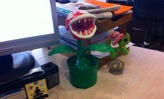Piranha Plant de #MarioBros de #Nintendo. Hecha con papel de diario, confort, pasta muro y témpera.