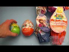 Surprise Eggs Learn Sizes from Smallest to Biggest! Opening Eggs with To...