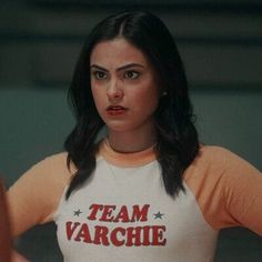 Read Camila Mendes from the story 𝐆𝐎𝐃 𝐈𝐒 𝐀 𝐖𝐎𝐌𝐀𝐍 ━ ℓαуσυtѕ Riverdale Netflix, Riverdale Cw, Riverdale Aesthetic, Veronica Lodge Aesthetic, Veronica Lodge Riverdale, Camila Mendes Veronica Lodge, Camila Mendes Riverdale, Icons Girls, Betty & Veronica