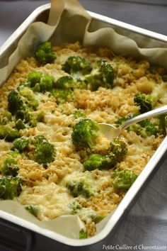 Gratin de quinoa, brocoli et emmental // Macaroni And Cheese, Vegetarian Recipes, Food And Drink, Vegan, Vegetables, Cooking, Healthy, Ethnic Recipes, Kitchen