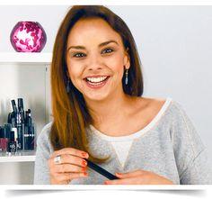 Chenoa te presenta sus productos favoritos en este nuevo vídeo-tutorial en el que conocerás qué productos Avon son los preferidos por la cantante.