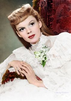 "Judy Garland publicity shot for ""Meet Me in St Louis"" (1944)"