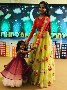 Gown Party Wear, Party Wear Indian Dresses, Designer Party Wear Dresses, Indian Gowns Dresses, Mommy Daughter Dresses, Mom And Baby Dresses, Mom Daughter, Girls Dresses, Kids Dress Wear