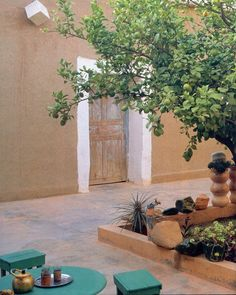 The Home of sculptor Stephenie Bergman in Taroudant. Photo by Roland Beaufre Still Life, Photo And Video, Cribs, Plants, Painting, Instagram, Videos, Photos, Art