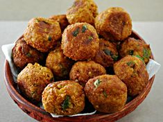 Shweta in the Kitchen: Lauki Kofta Curry - Ghiya Kofta Curry - Bottle Gourd Dumplings Curry Pureed Food Recipes, Greek Recipes, Vegetarian Recipes, Cooking Recipes, Vegetable Recipes, Lauki Kofta, Greek Appetizers, Vegan Patties, Greek Cooking