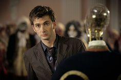 Doctor Who 2x04 - The Girl in the Fireplace