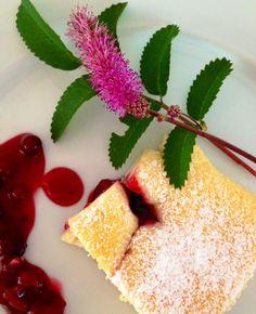 Naschereien aus der Küche : Käsekuchen mit roter Grütze