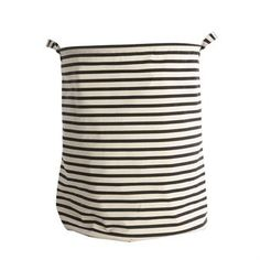 The popular Stripes laundry bag from House Doctor becomes a stylish detail in the bathroom or in the laundry room. It has a stylish design with classic stripes and suits the most homes and styles. The practical handles are a nice detail and make it easy to carry the laundry basket to the washing machine. Match it with other bathroom articles from House Doctor.