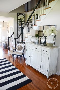 10 TIPS FOR TIMELESS DECOR-accent-colors-stonegableblog